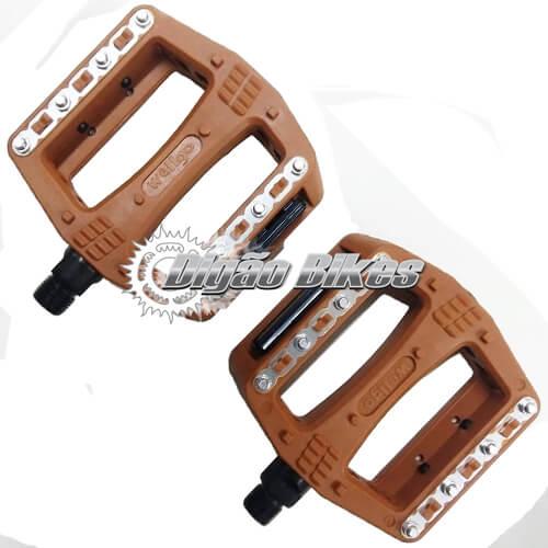 Pedal Wellgo Marrom Plataforma com Trava